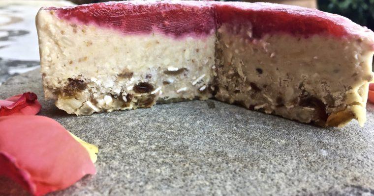 Torta gelato vegan crudista di fichi e anacardi