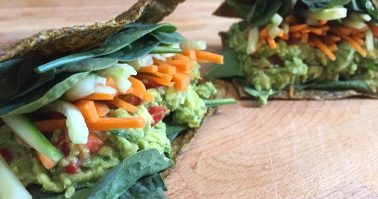 Pane Crudista – Sandwich raw con guacamole